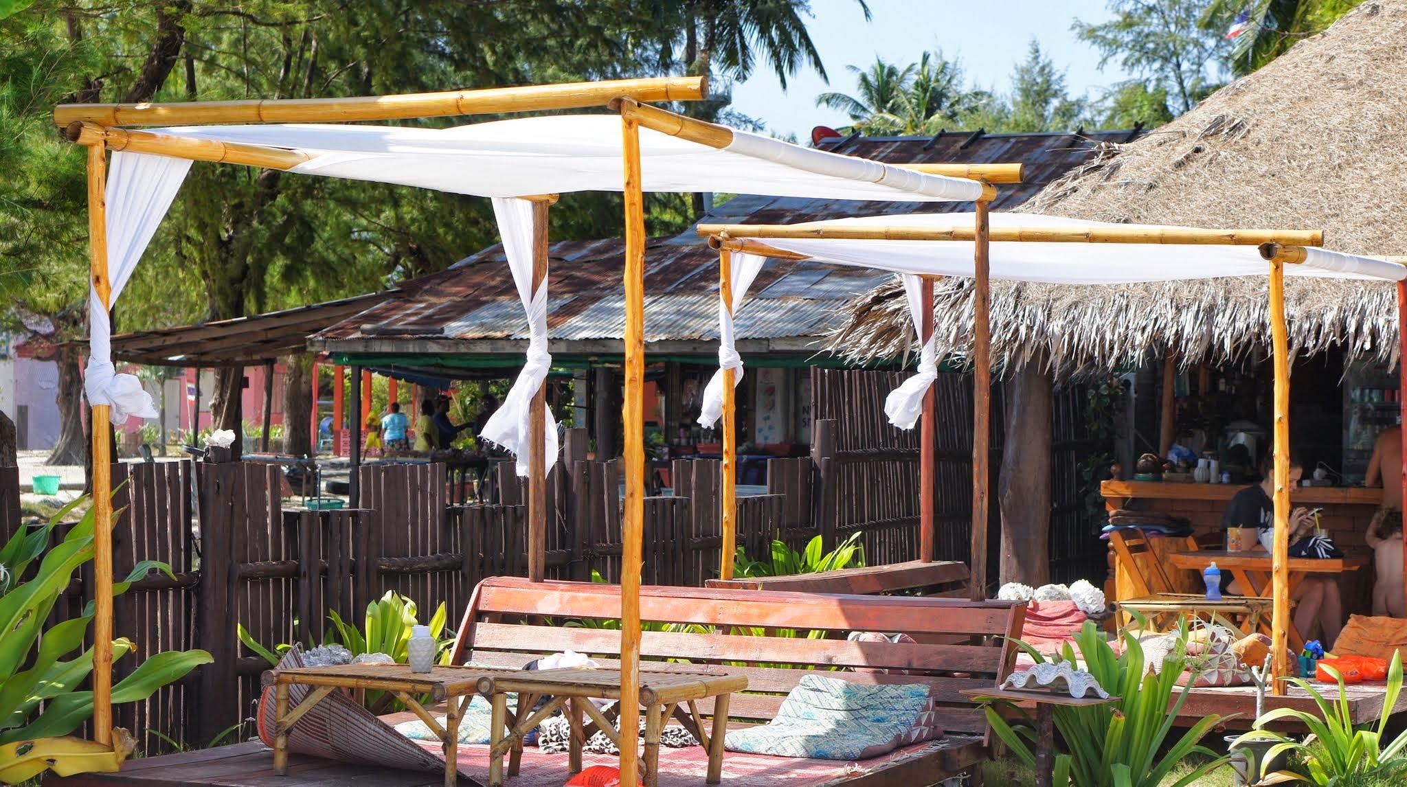 Mit Kindern essen im Koh Lipe Beach Resort, Thailand